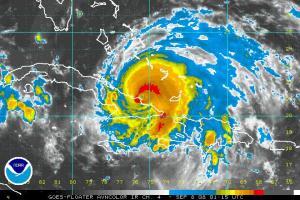 Hurricane Ike IR satellite image 0908 0115 Z