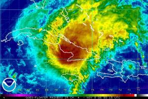 Hurricane Paloma IR Satellite Image 1109 0015Z