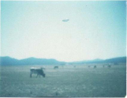 "UFO ""photo"" Montana 1977"