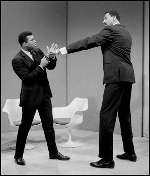 Fight Between Ali & Wilt Chamberlain Once Proposed
