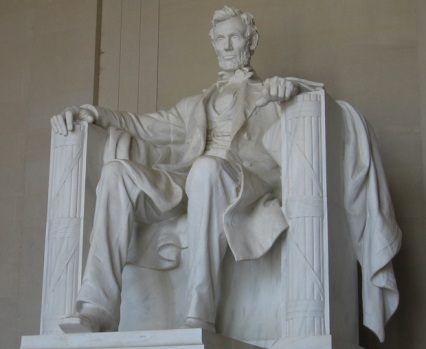 If you Haven't Been to the Lincoln Memorial, You Need To