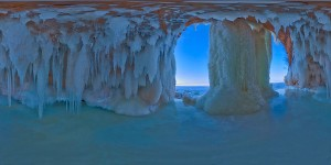 Cool Frozen Apostle Island Sea Caves Under Superior
