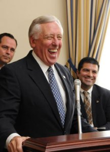 Hoyer Laughed At Suggestion Lawmakers Be Required to Read Bills Before Voting