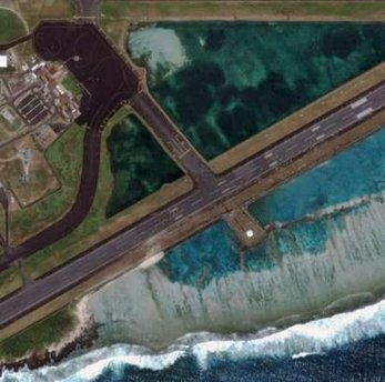 Waves Approach Samoan Airport