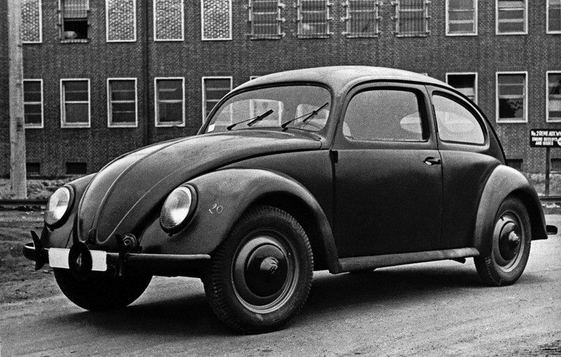 car ahead of its time for all time symon sez. Black Bedroom Furniture Sets. Home Design Ideas